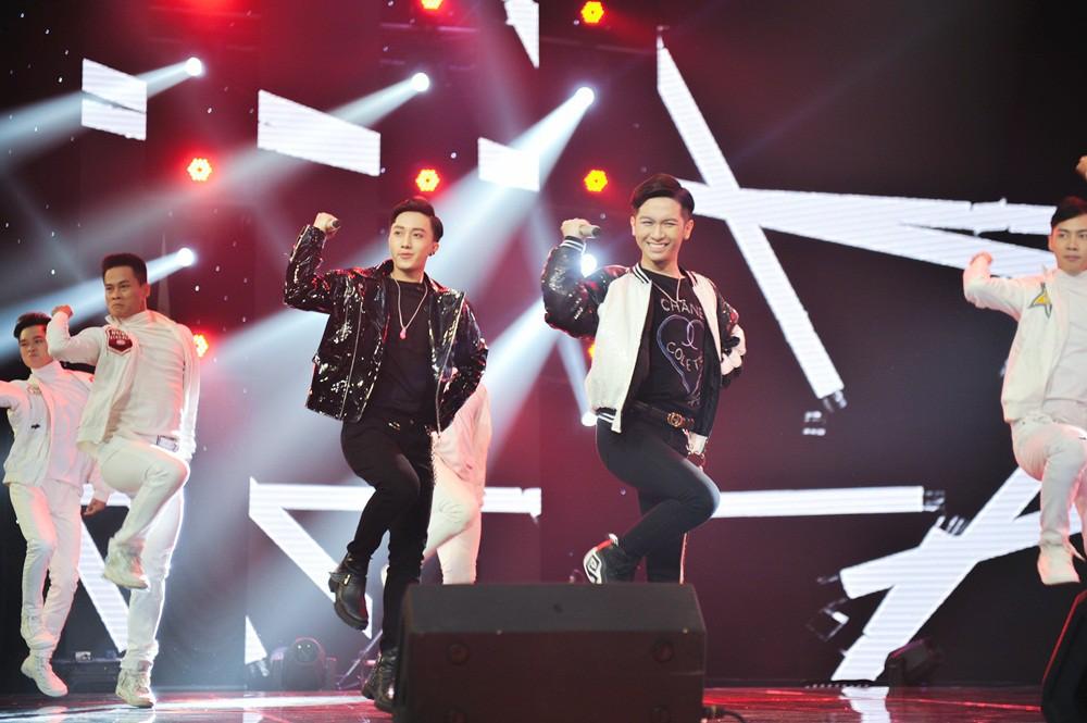 Team Lam Trường bất ngờ bị loại gần hết chỉ còn lại một thí sinh tại The Voice 2018 - Ảnh 4.