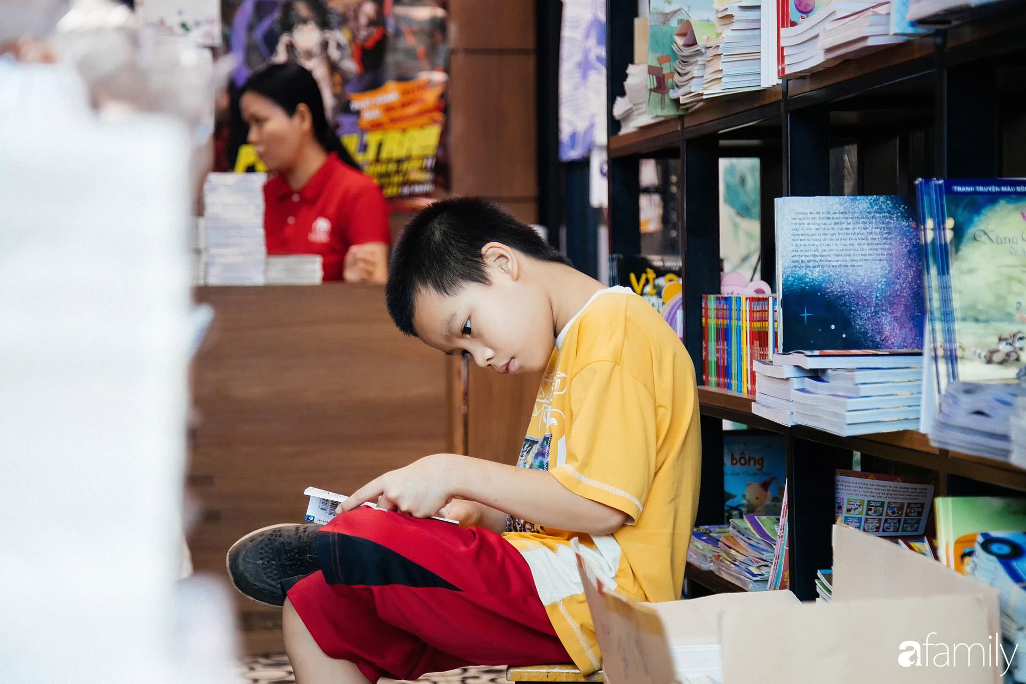 Nếu có con dưới 6 tuổi, cả nhà bạn nhất định phải ghé những thế giới sách xinh xẻo và bình yên nhất Sài Gòn này - Ảnh 14.