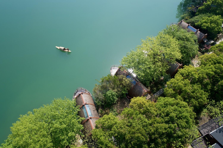 Ngắm ngôi nhà thuyền ven sông đẹp như một bức tranh thủy mặc - Ảnh 5.