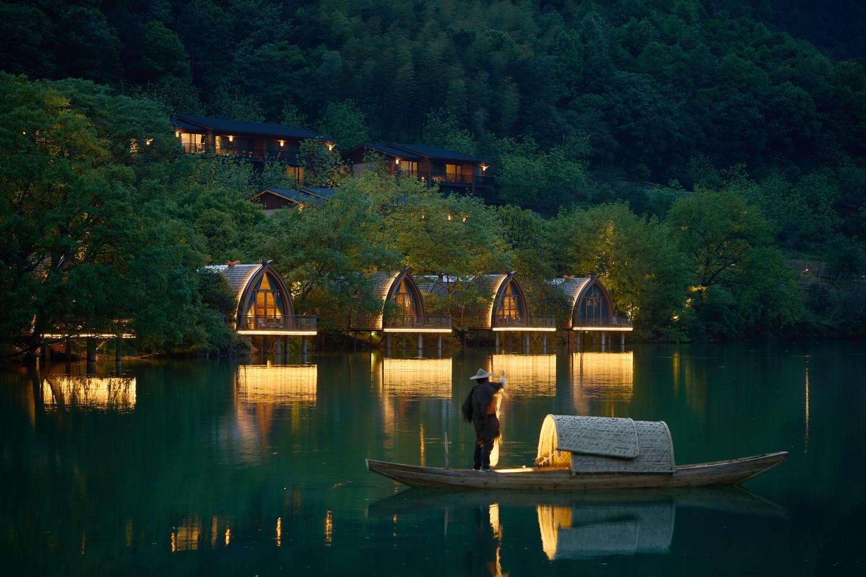 Ngắm ngôi nhà thuyền ven sông đẹp như một bức tranh thủy mặc - Ảnh 7.