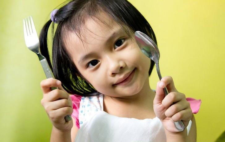 20 phép lịch sự căn bản bố mẹ cần dạy con trước khi trẻ lên 10 - Ảnh 2.