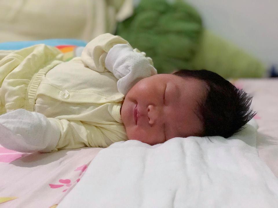 Mẹ Việt ở Singapore bầu bí vẫn xinh như hoa hậu nhờ làm đúng 2 việc này suốt cả thai kỳ - Ảnh 11.