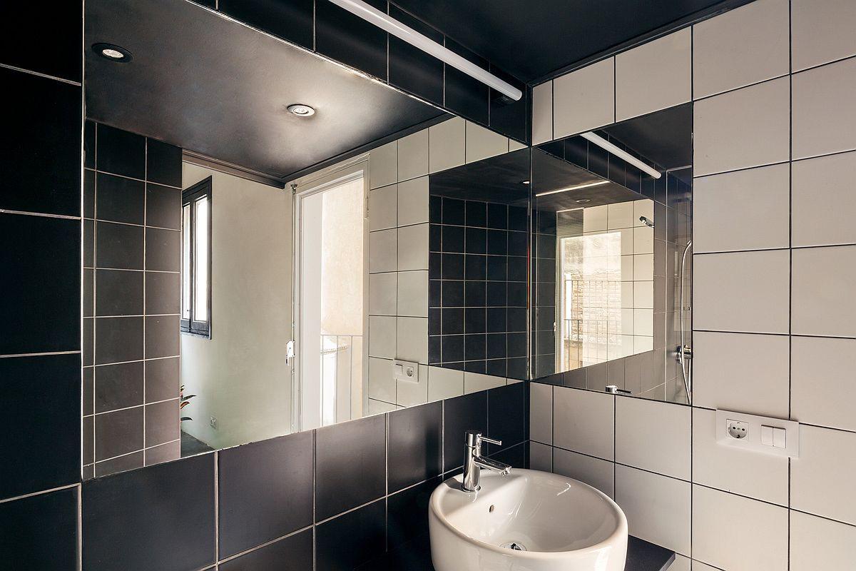 Học tập cách cải tạo căn hộ sáng tạo và sống động này để không gian thêm nhiều khu lưu trữ   - Ảnh 12.