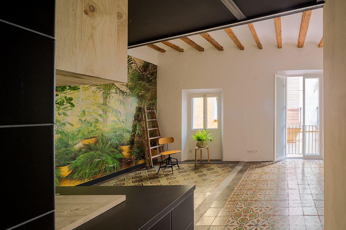 Học tập cách cải tạo căn hộ sáng tạo và sống động này để không gian thêm nhiều khu lưu trữ   - Ảnh 9.