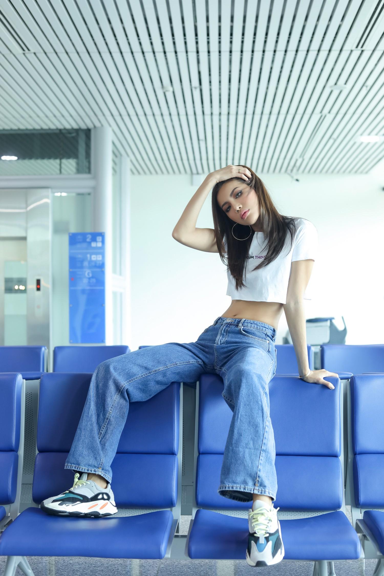 Minh Tú chính thức sang Thái Lan tham dự họp báo Asias Next top Model  - Ảnh 9.