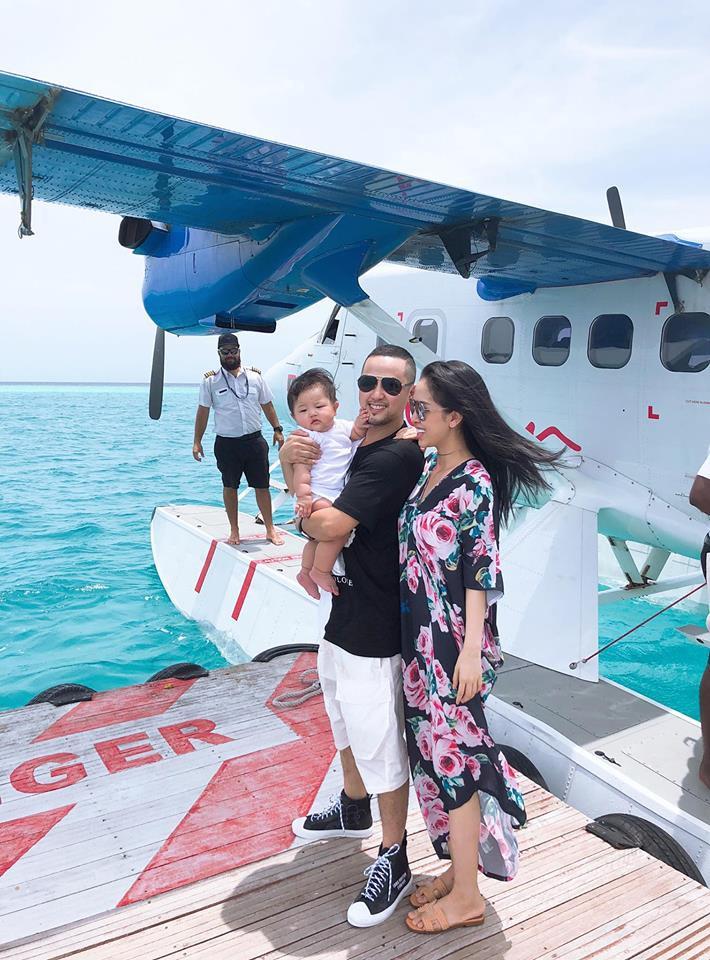 Chị dâu doanh nhân của Bảo Thy cùng chồng con đón kỉ niệm 1 năm ngày cưới siêu lãng mạn tại thiên đường Maldives - Ảnh 1.