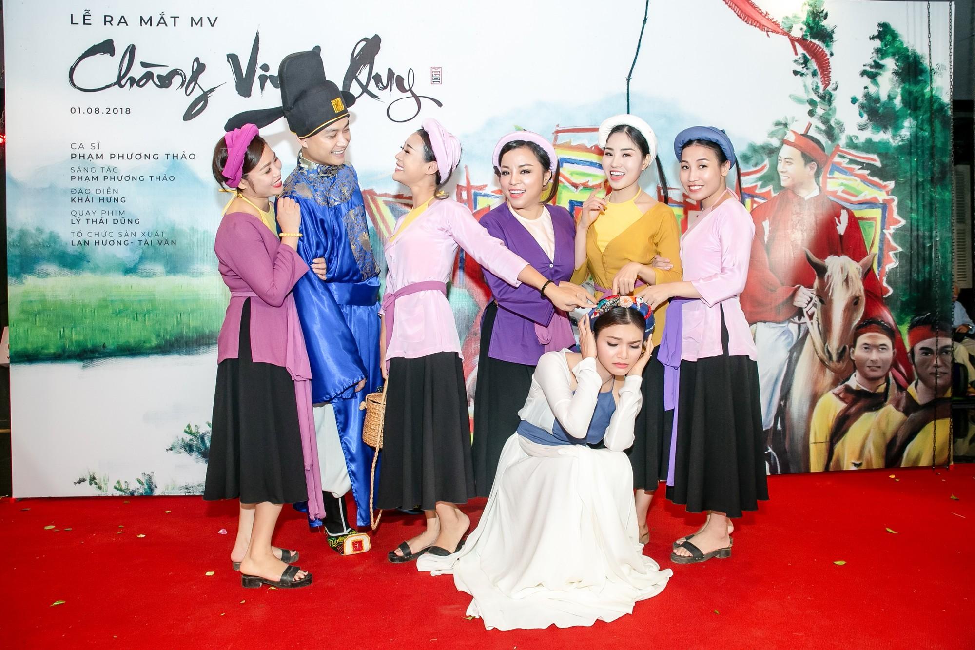 Ông bố điệu nhất của Bố ơi Tiến Lộc thừa nhận rung động trước đàn chị Phạm Phương Thảo - Ảnh 11.