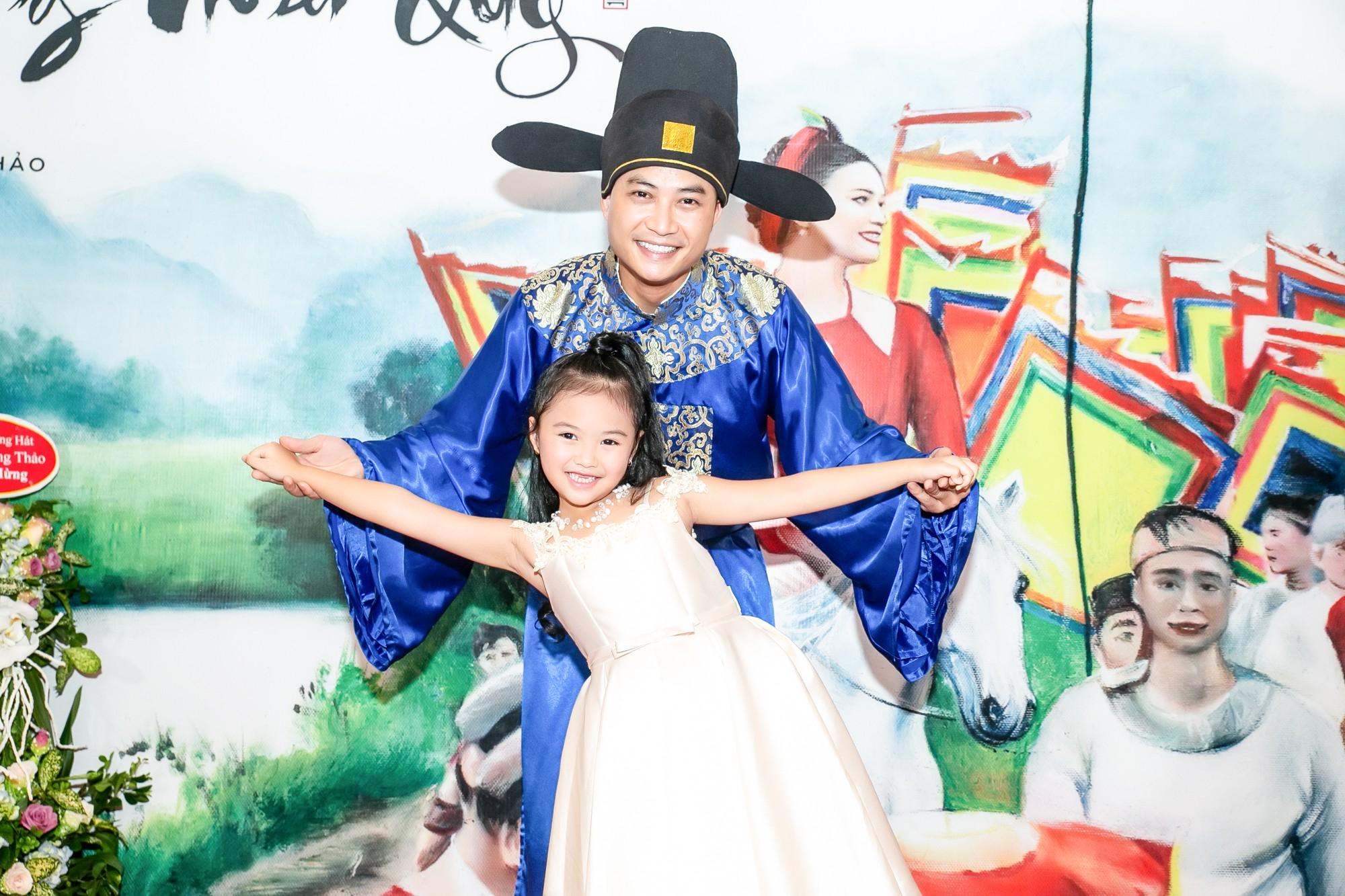 Ông bố điệu nhất của Bố ơi Tiến Lộc thừa nhận rung động trước đàn chị Phạm Phương Thảo - Ảnh 3.