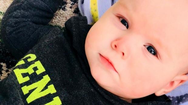 Con 9 tháng tuổi tử vong ngay trước mắt vì 1 quả bóng bay, bà mẹ lên tiếng cảnh báo 1 phút vui vẻ phải trả giá bằng tính mạng - Ảnh 1.