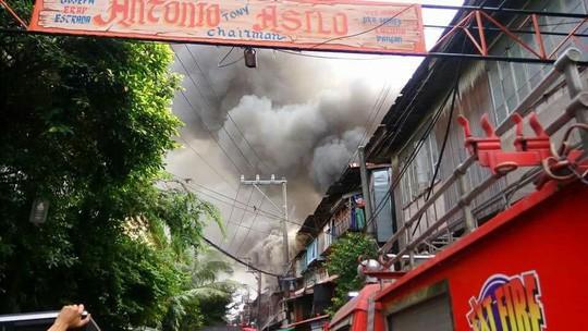 Nghịch lửa gây cháy, 5 anh em cùng một nhà tử vong - Ảnh 1.