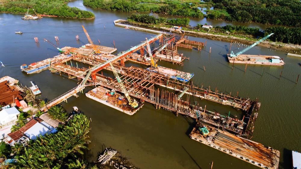 Chùm ảnh: Toàn cảnh sự bất động của loạt công trình chống ngập ở Sài Gòn vì... thiếu vốn, không còn bóng công nhân - Ảnh 4.
