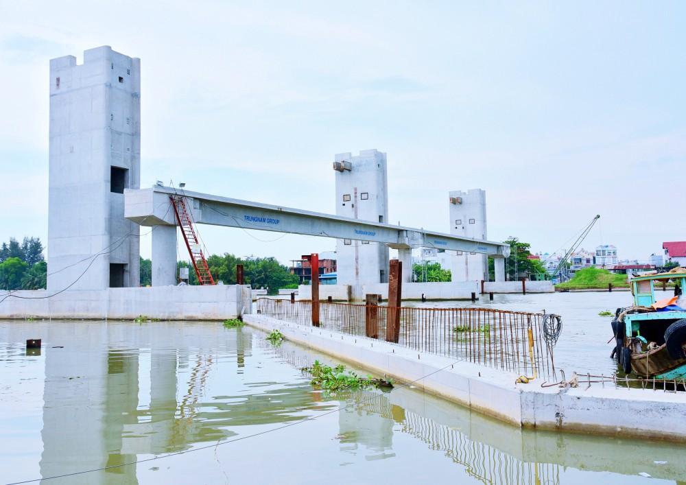 Chùm ảnh: Toàn cảnh sự bất động của loạt công trình chống ngập ở Sài Gòn vì... thiếu vốn, không còn bóng công nhân - Ảnh 16.