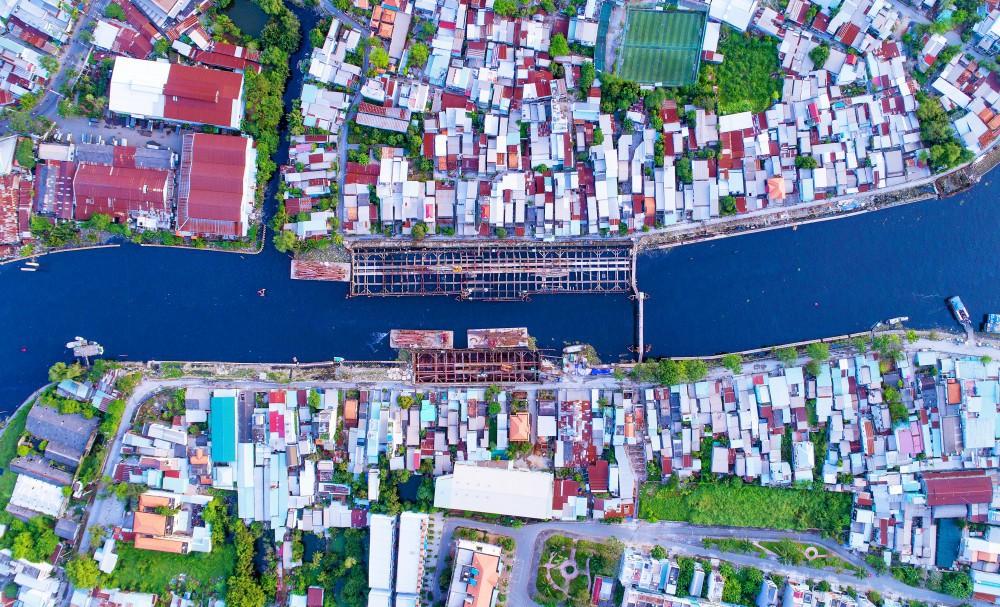 Chùm ảnh: Toàn cảnh sự bất động của loạt công trình chống ngập ở Sài Gòn vì... thiếu vốn, không còn bóng công nhân - Ảnh 12.