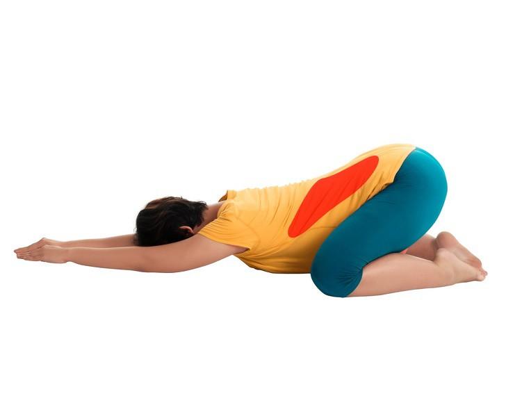 7 tư thế yoga cho bà bầu giúp đánh bay đau mỏi trong thai kỳ và các tư thế cần tránh - Ảnh 6.