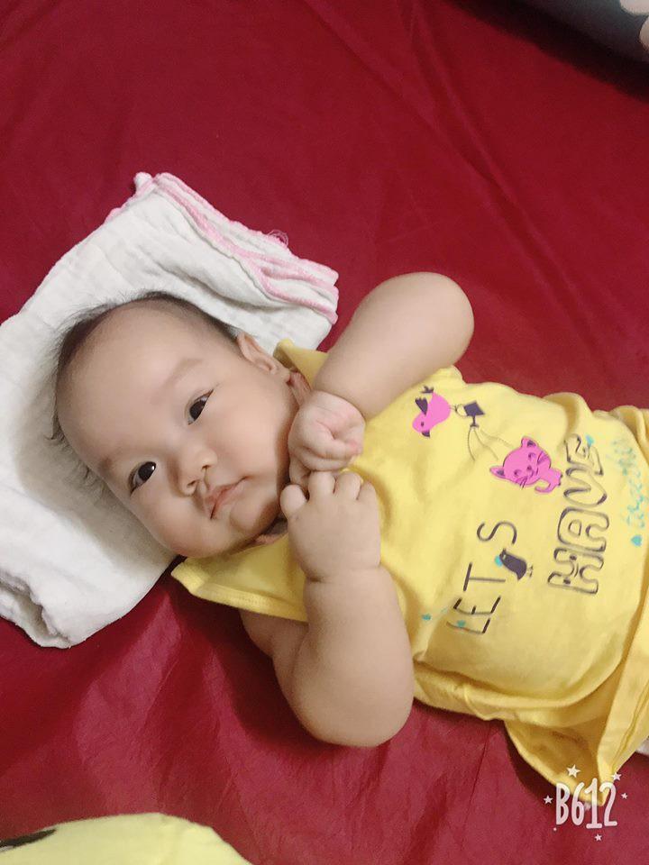Dính bầu khi con lớn mới 10 tháng tuổi, mẹ 9x vẫn quyết không cai sữa, kiên trì cho 2 con bú mẹ hoàn toàn - Ảnh 10.