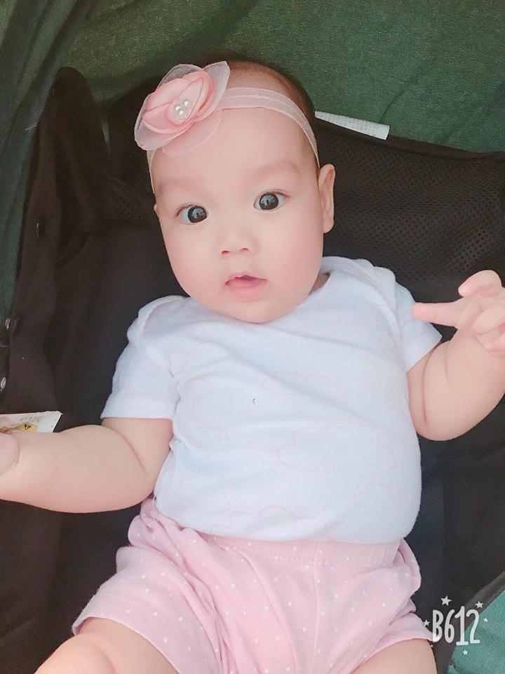 Dính bầu khi con lớn mới 10 tháng tuổi, mẹ 9x vẫn quyết không cai sữa, kiên trì cho 2 con bú mẹ hoàn toàn - Ảnh 12.