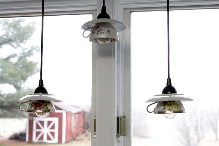 8 cách biến tấu tách trà và bát đĩa đã cũ thành vật trang trí nhà vừa tiết kiệm vừa đẹp - Ảnh 1.