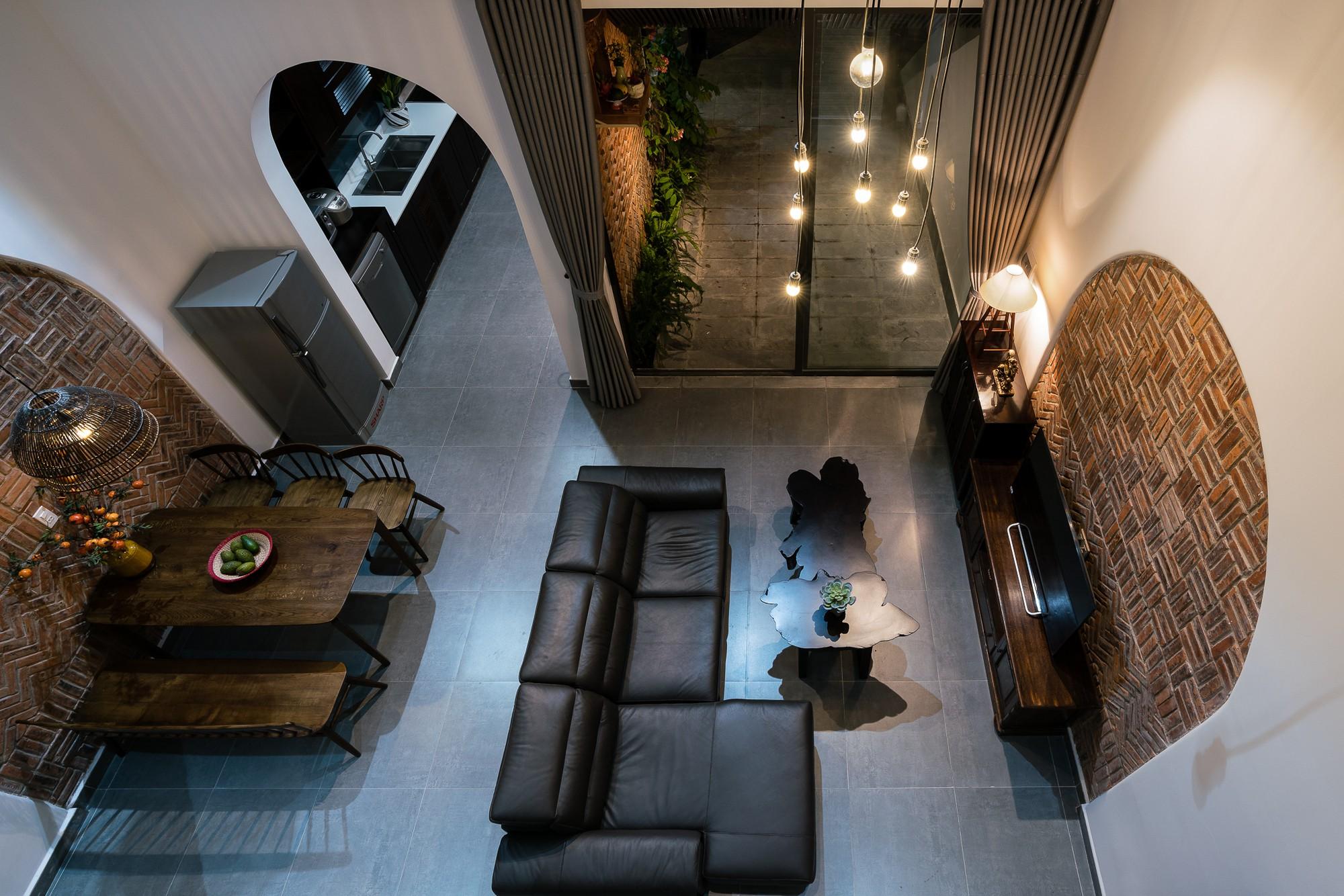 Ngôi nhà gạch 2 tầng của cặp vợ chồng già ở Đà Nẵng được tạp chí Mỹ xuýt xoa khen ngợi - Ảnh 8.