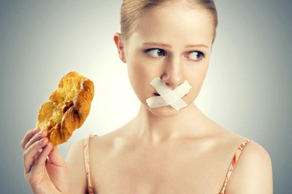 Cảnh báo: Nghe lời đồng nghiệp ăn kiểu này để giảm cân, người phụ nữ bị 200 viên sỏi trong túi mật - Ảnh 3.