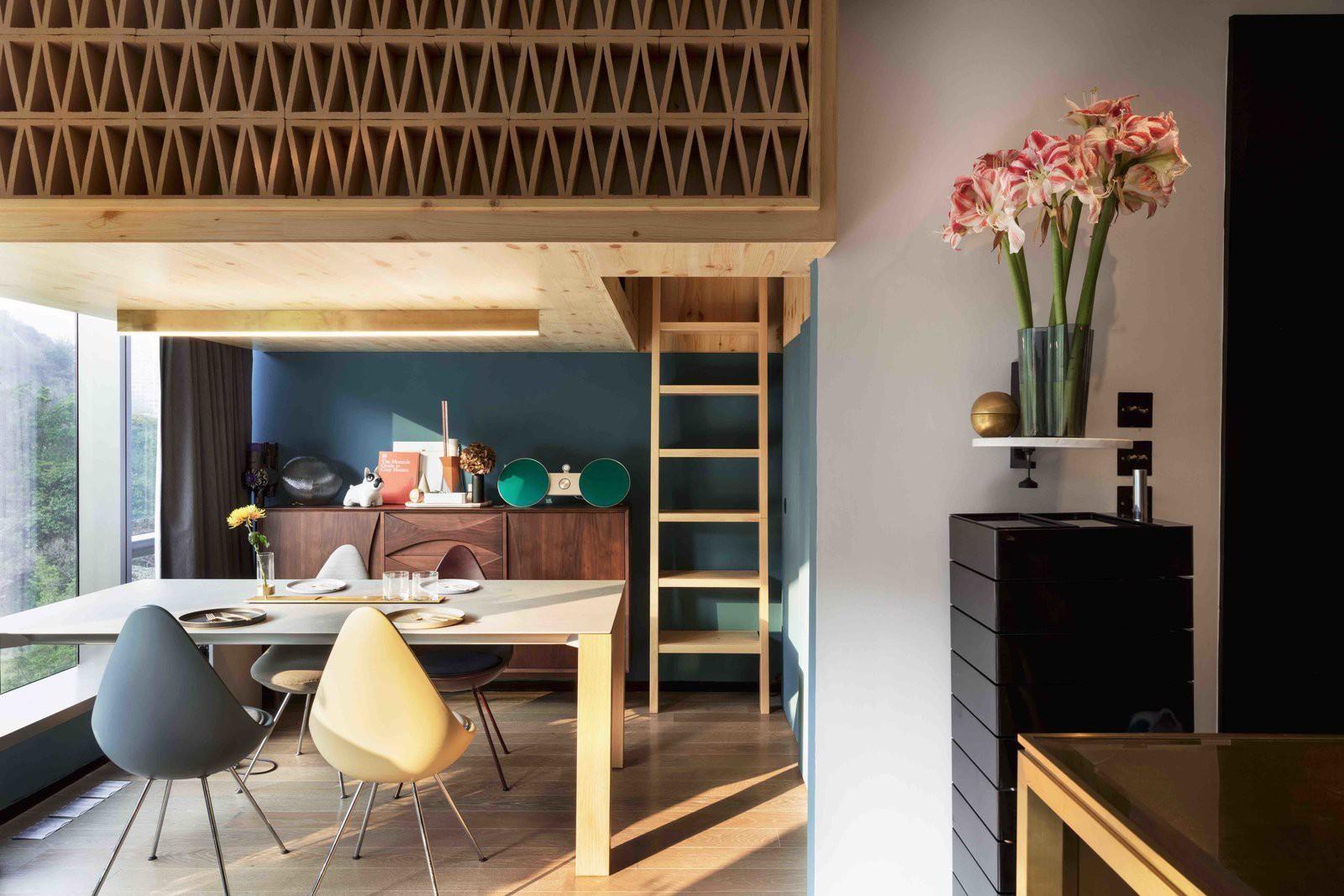Chiêm ngưỡng căn hộ nhỏ này, bạn sẽ thấy nhà nhỏ nhưng có trần cao thì mọi việc đều được giải quyết đơn giản - Ảnh 1.