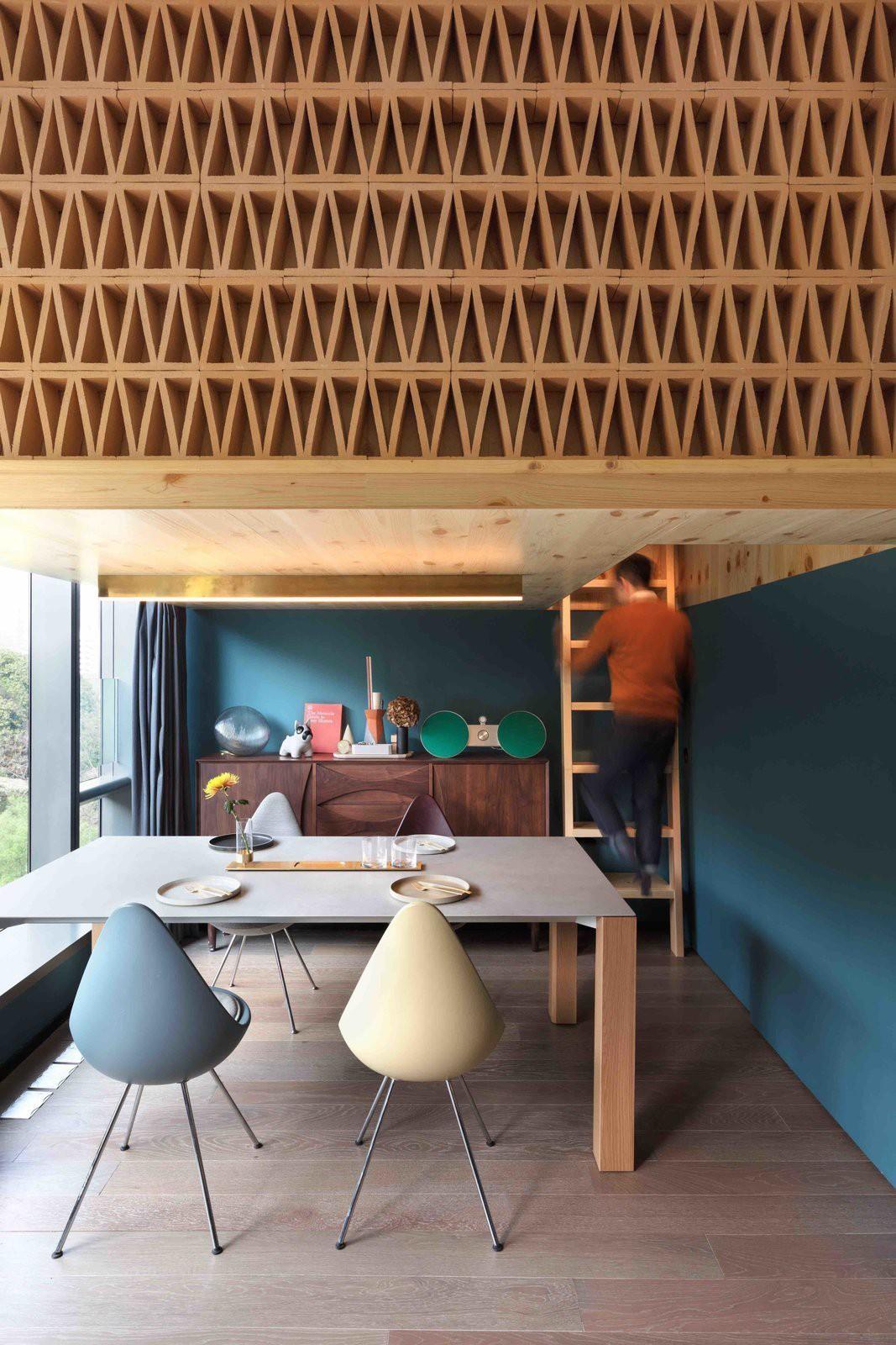 Chiêm ngưỡng căn hộ nhỏ này, bạn sẽ thấy nhà nhỏ nhưng có trần cao thì mọi việc đều được giải quyết đơn giản - Ảnh 2.