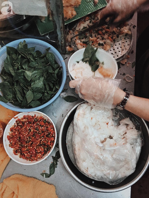 100k ăn hết 5 món đặc sản tại Đà Lạt trong một buổi chiều hè se lạnh - Ảnh 2.