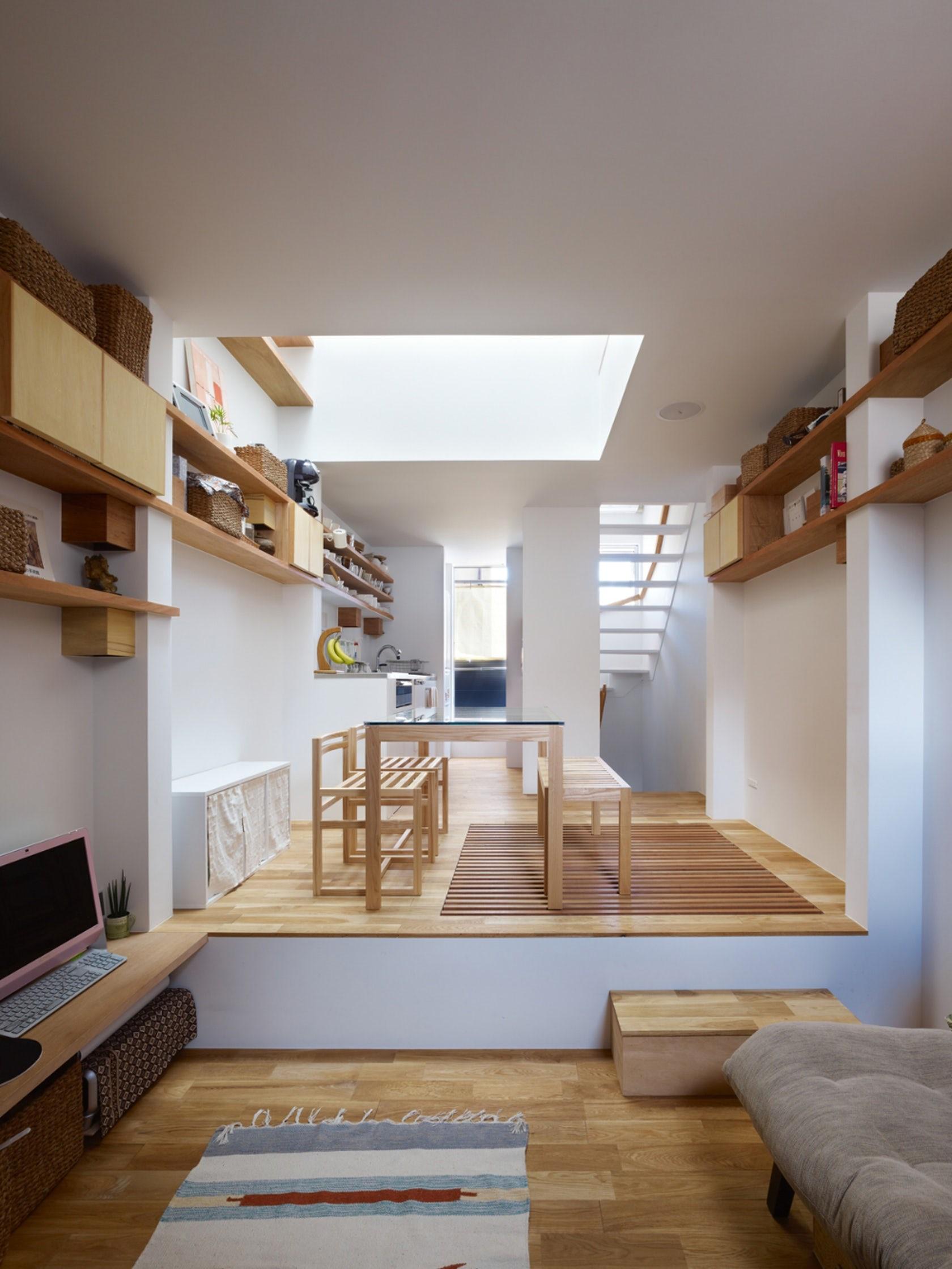 Ngôi nhà tí hon với mặt tiền hẹp 2,5m ở Nhật, sâu hun hút nhưng gây bất ngờ nhờ sở hữu thiết kế quá thông minh - Ảnh 8.