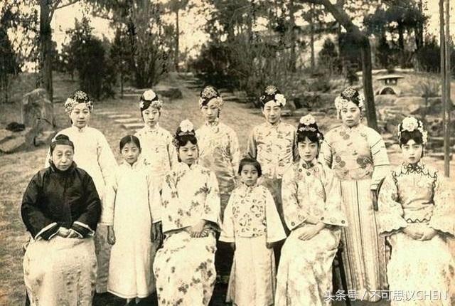 Dân tình lại ngã ngửa trước hình ảnh được cho là nhan sắc đời thực của Ngụy Anh Lạc và dàn phi tần nhà Thanh - Ảnh 9.