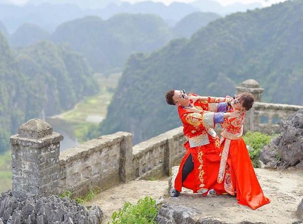 Chả ai như cặp đôi khiến MXH phát sốt này: hành trình tình yêu đi từ Tà Xùa đến cung Diên Hi lầy lội hết sức - Ảnh 10.