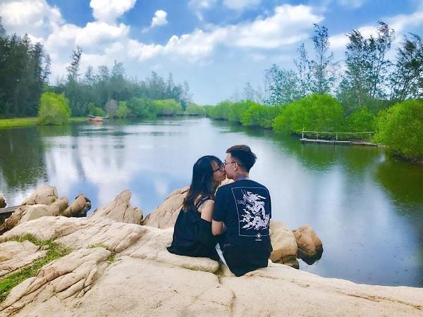 Chả ai như cặp đôi khiến MXH phát sốt này: hành trình tình yêu đi từ Tà Xùa đến cung Diên Hi lầy lội hết sức - Ảnh 4.