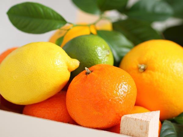 Đừng vội cứt vỏ cam quýt đi vì nó có nhiều lợi ích sức khỏe tuyệt vời đến thế này cơ mà - Ảnh 1.