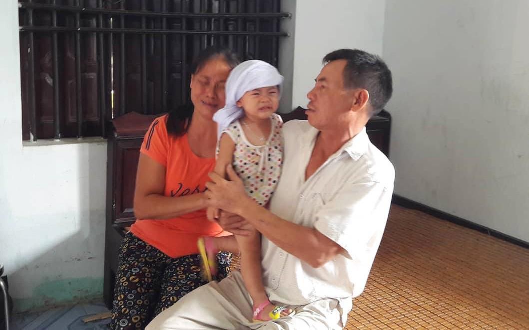 Vụ 3 người trong gia đình thương vong, nghi bị ngộ độc thức ăn tại Đà Nẵng: Chuyến đi định mệnh và ngày về đẫm nước mắt