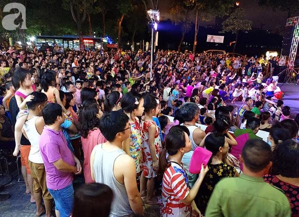 Hà Nội: Nhiều khu chung cư rục rịch tổ chức Trung thu cho các em nhỏ - Ảnh 2.