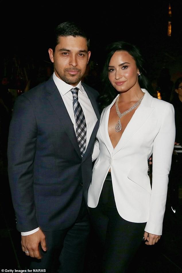 Demi Lovato lần đầu xuất hiện sau 2 tháng nhập viện khẩn cấp vì sốc ma túy  - Ảnh 2.