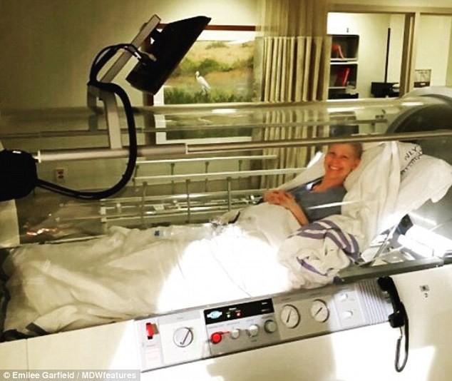 Người mẹ đánh bại bệnh ung thư 2 lần sau khi chỉ còn 27% cơ hội sống - Ảnh 5.