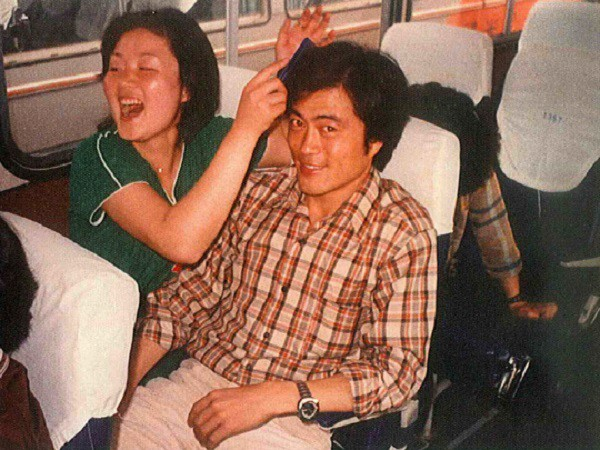 Đường đường là Tổng thống Hàn Quốc lại từng bị uy hiếp: Rốt cuộc anh có định cưới em không? Nói nhanh! - Ảnh 2.