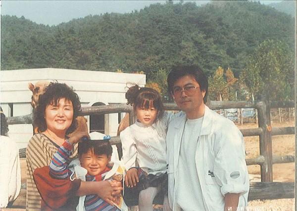 Đường đường là Tổng thống Hàn Quốc lại từng bị uy hiếp: Rốt cuộc anh có định cưới em không? Nói nhanh! - Ảnh 3.
