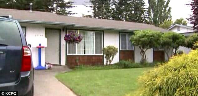 Người giữ trẻ khai hàng xóm là kẻ trộm đột nhập vào nhà nhưng bé gái 4 tuổi đã tiết lộ sự thật - Ảnh 1.