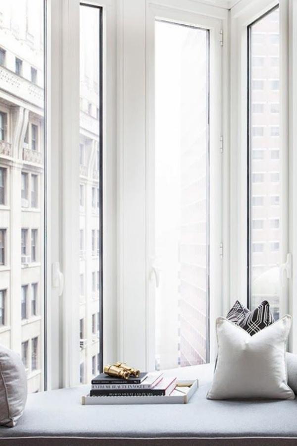 Góc đọc sách bên cửa sổ đẹp lãng mạn cho những ngày gió lạnh - Ảnh 6.