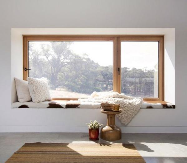 Góc đọc sách bên cửa sổ đẹp lãng mạn cho những ngày gió lạnh - Ảnh 9.