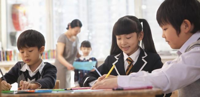 Chuyên gia ĐH Harvard: Con bạn sẽ không thể thành công trong công việc tương lai nếu thiếu 7 kĩ năng mềm này - Ảnh 2.