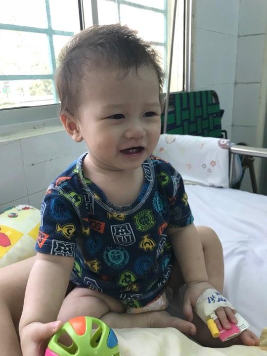 Mẹ tưởng con chỉ bị viêm phổi nhưng cuối cùng lại mắc bệnh lạ nguy hiểm - Ảnh 7.