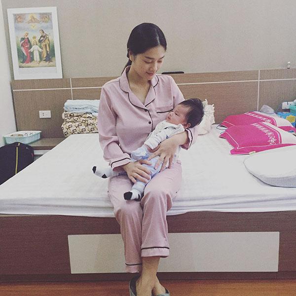 Chỉ nhờ kích sữa và hút sữa, bà mẹ này giảm liền 20kg sau khi sinh mà vẫn ăn uống thoải mái - Ảnh 6.