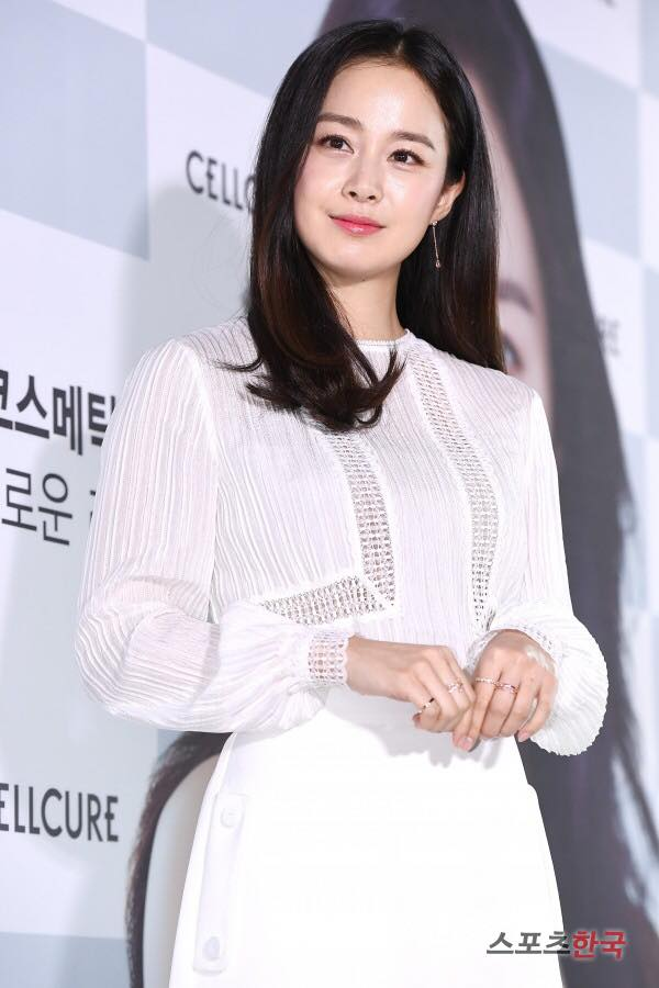 """""""Mẹ bỉm sữa"""" Kim Tae Hee đón tuổi mới không quên gửi thông điệp tới người hâm mộ - Ảnh 3."""