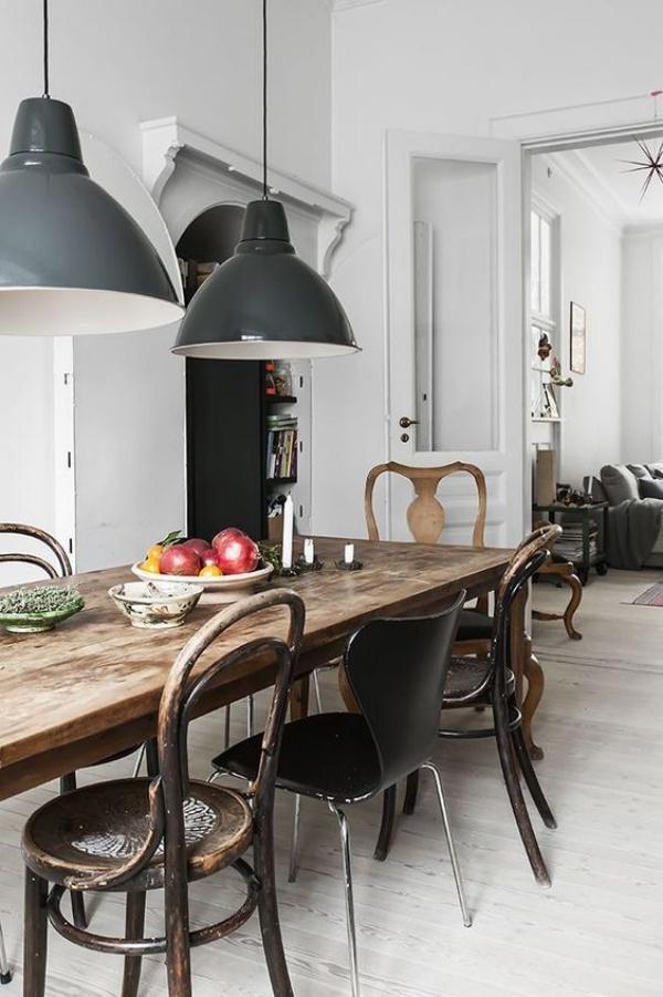 Kết hợp bàn gỗ kiểu cũ với ghế hiện đại - xu hướng mới cho phòng ăn gia đình - Ảnh 15.