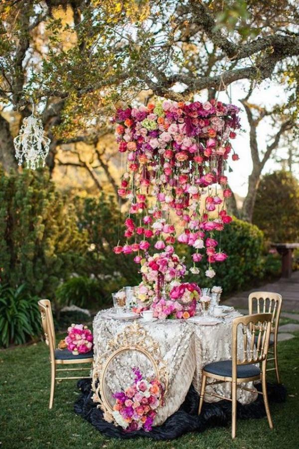 Đèn chùm bằng hoa tươi rực rỡ sắc màu làm duyên cho ngôi nhà của bạn - Ảnh 4.