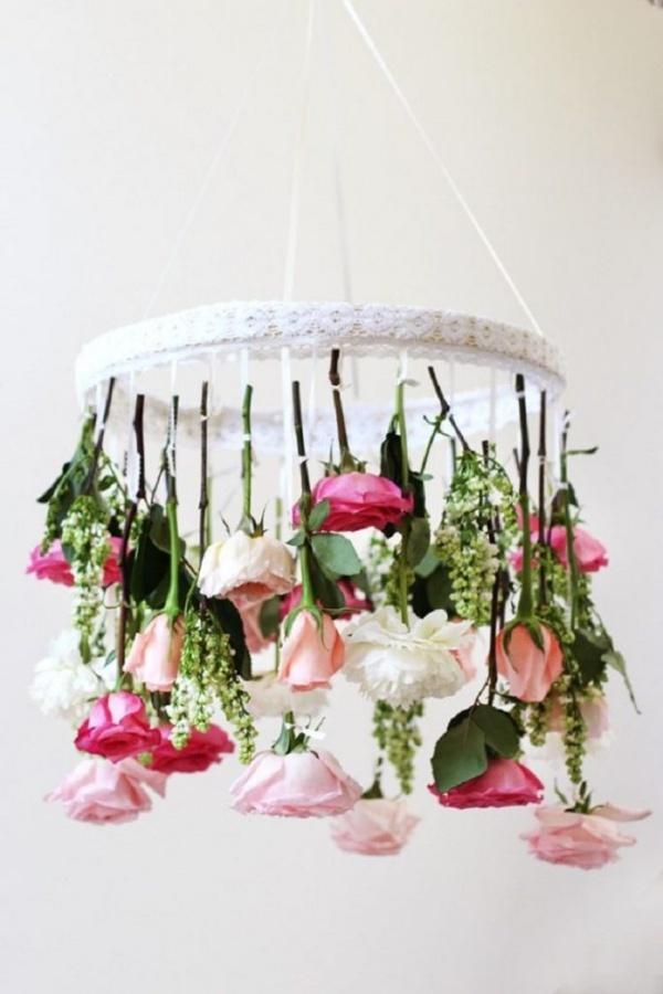 Đèn chùm bằng hoa tươi rực rỡ sắc màu làm duyên cho ngôi nhà của bạn - Ảnh 10.