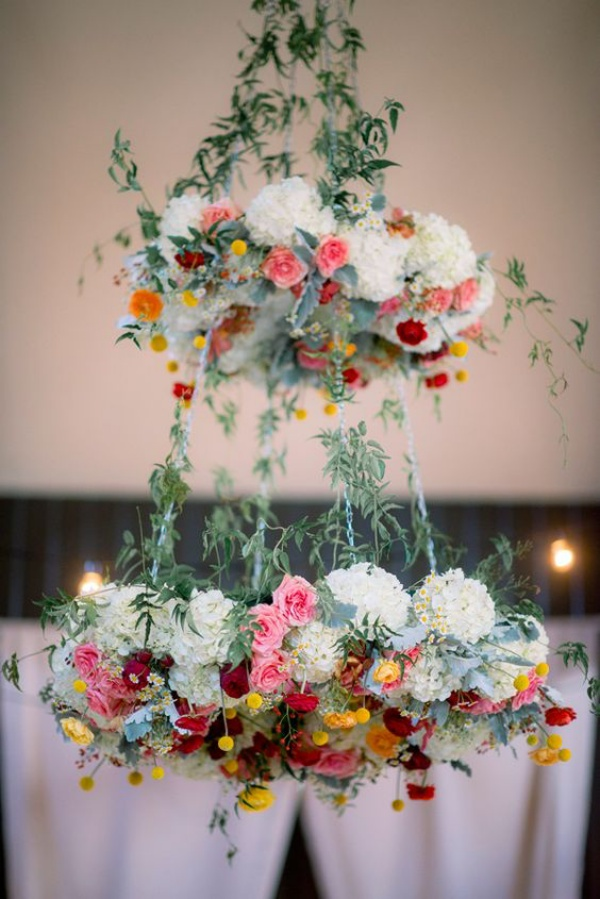Đèn chùm bằng hoa tươi rực rỡ sắc màu làm duyên cho ngôi nhà của bạn - Ảnh 11.