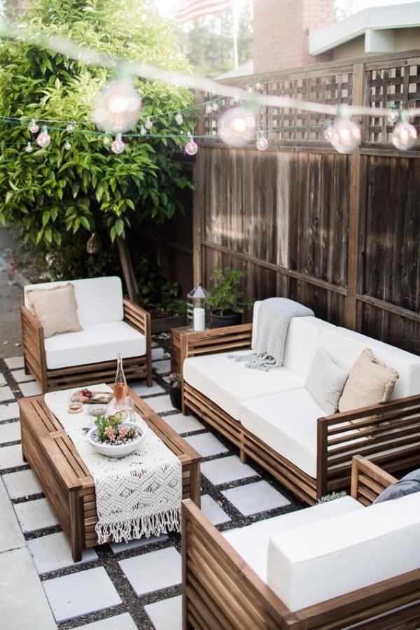 Phòng khách ngoài trời, ý tưởng tuyệt vời tận hưởng hương vị mùa hè - Ảnh 2.
