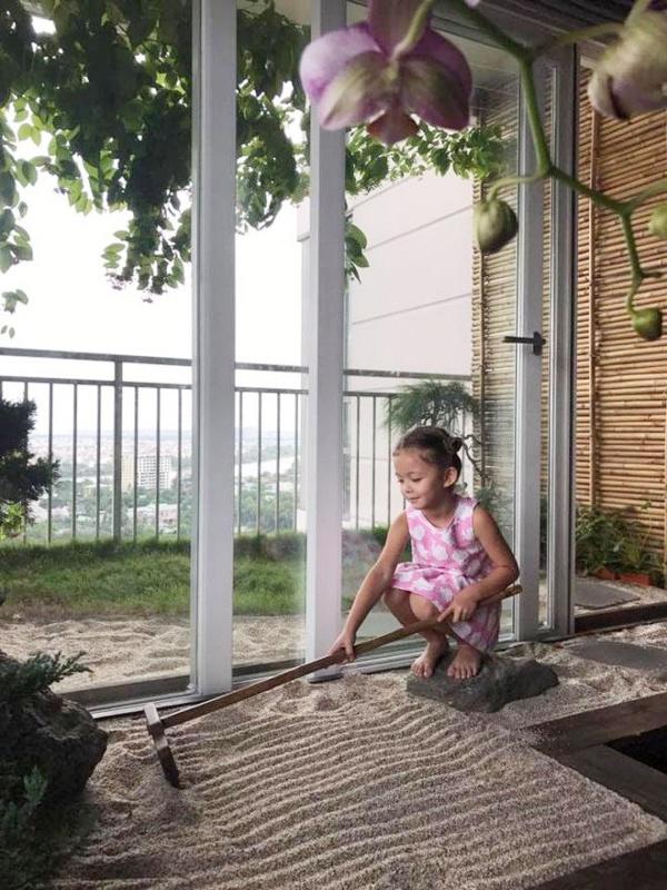 Căn hộ với hệ thống trồng rau sạch thông minh ở ban công của Diva Hồng Nhung giữa lòng Sài Gòn - Ảnh 9.